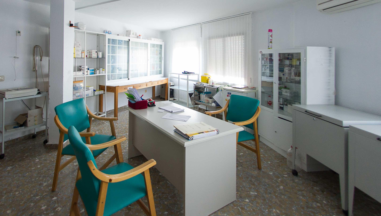 servicio de enfermeria para nuestros residentes en la residendcia de la comunidad de Castilla-La Mancha