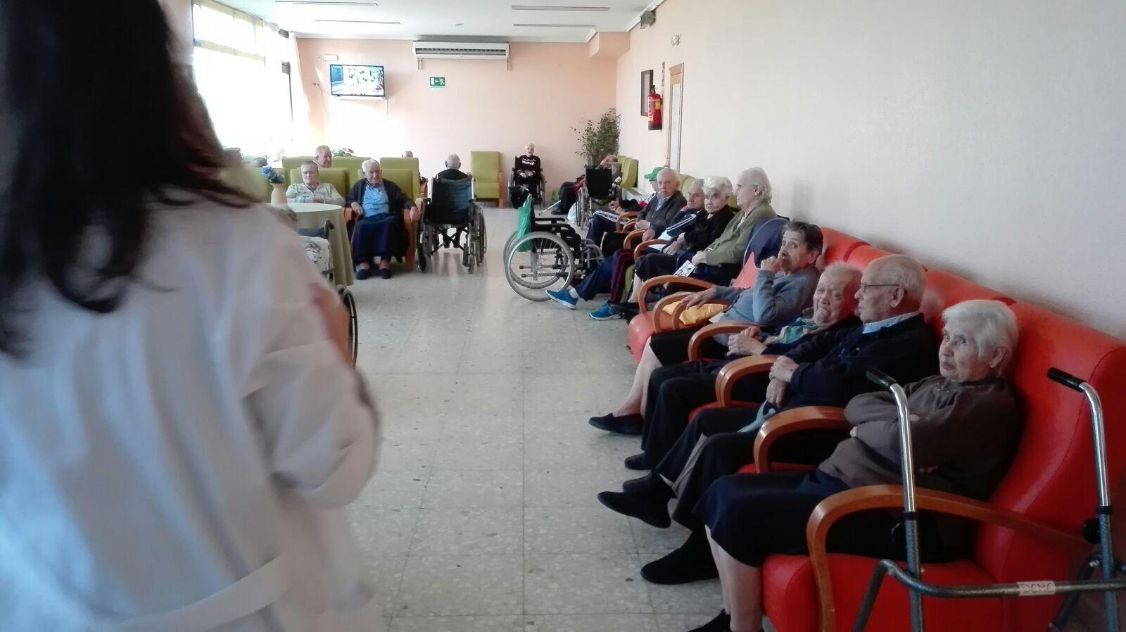 cuidar personas mayores en invierno