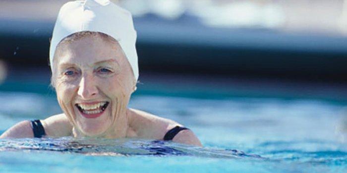 deportes para ancianos natación