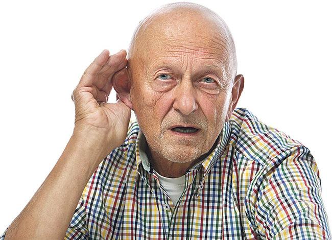 sordera en ancianos mayores