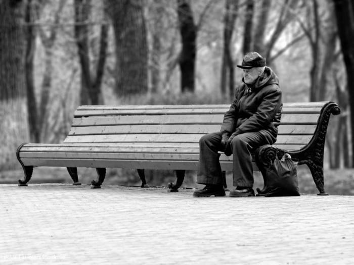 Cómo tratar la soledad en ancianos