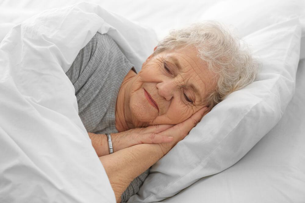 Beneficios del sueño en las personas mayores