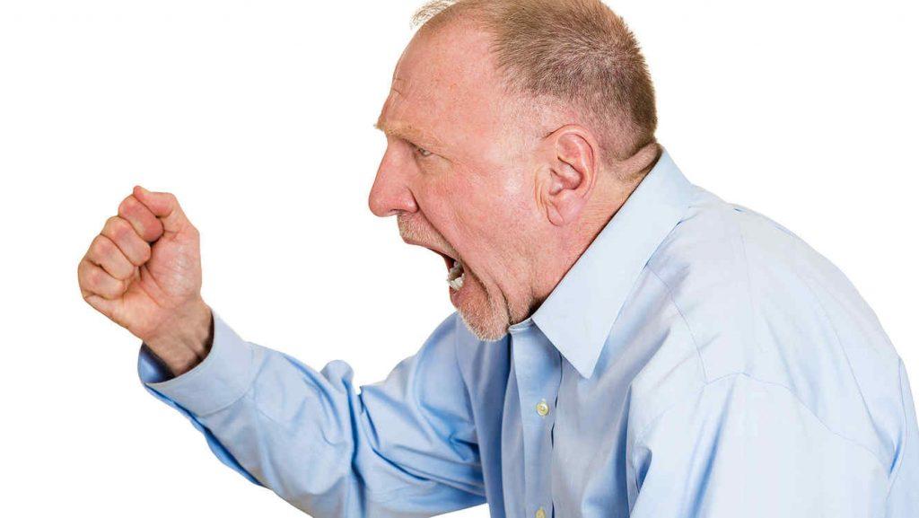 Cómo tratar la agresividad en ancianos