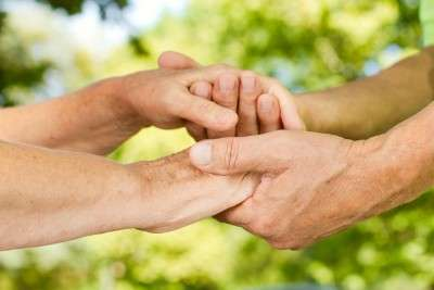 importancia socializar personas mayores
