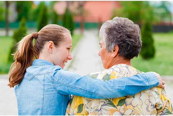 La importancia de socializar para las personas mayores.