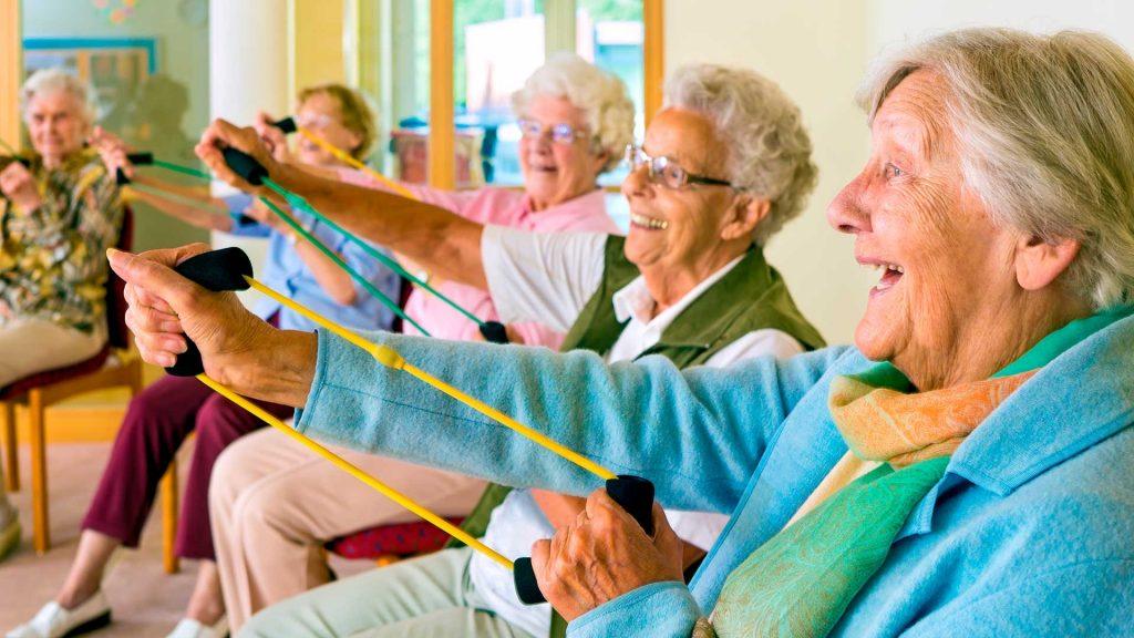 Conoce los múltiples beneficios del ocio terapéutico para los ancianos
