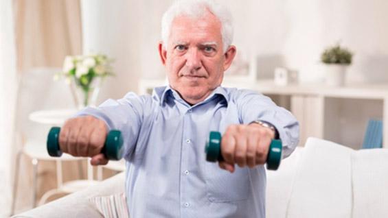 Ejercicios de pesas para hacer en casa para la tercera edad