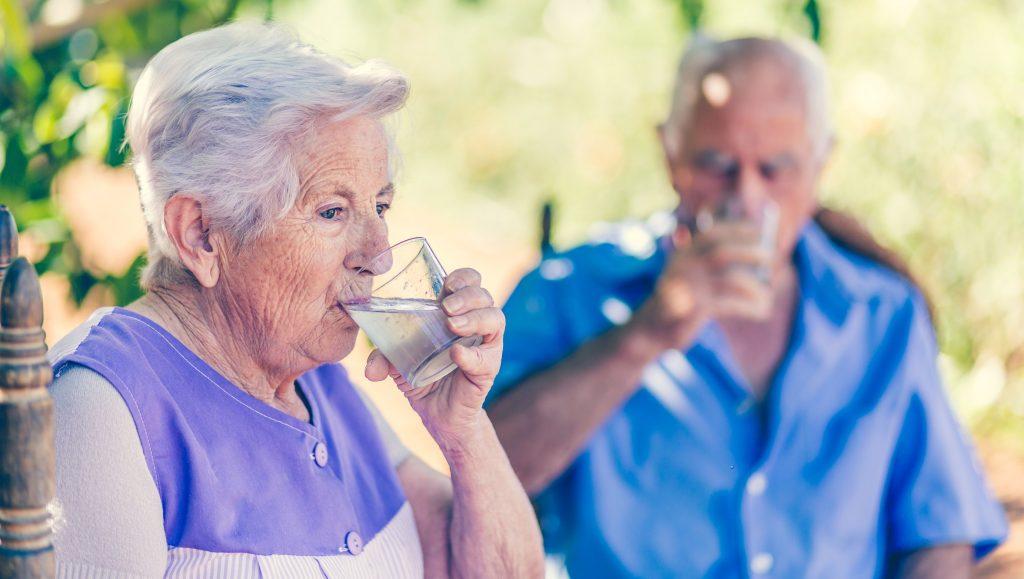 Importancia de la hidratación en los adultos mayores