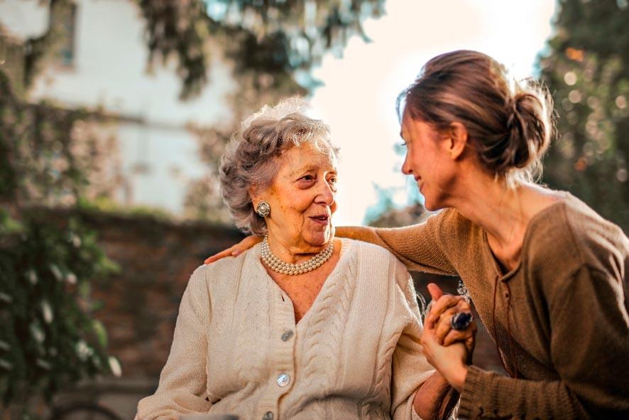 10 beneficios de trabajar con personas mayores