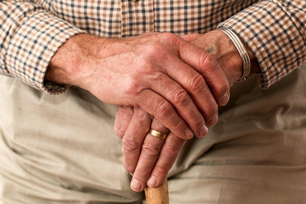 ¿Cómo prevenir un infarto en ancianos?